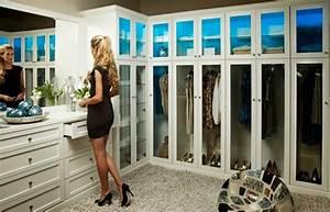 Wie Groß Sollte Ein Begehbarer Kleiderschrank Sein : ankleidezimmer 60 ideen die f r ihr eigenes wohlbefinden sorgen ~ Markanthonyermac.com Haus und Dekorationen
