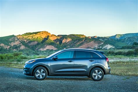 kia niro preview