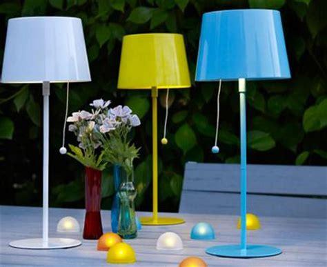 Deko Für Den Balkon by Solarleuchte Quot Solvinden Quot In Popfarben Bild 10 Living