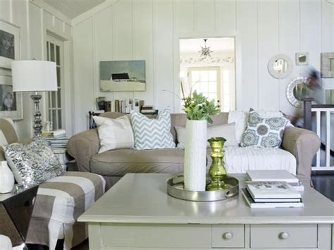 cottage livingroom simple and design on television