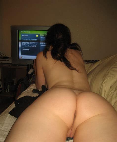 Sexy Nude Gamer Girl