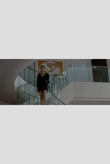 Willa Holland bikini in movie and nude boobs - Scandal Planet
