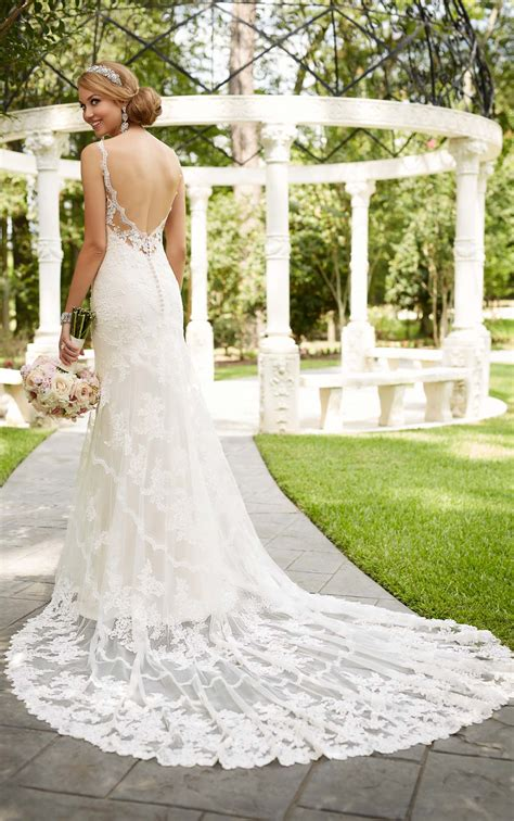 Antique Inspired Wedding Dress I Stella York Wedding Dresses