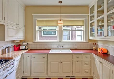 vintage kitchen backsplash 218 best images about kitchen countertops on 3211