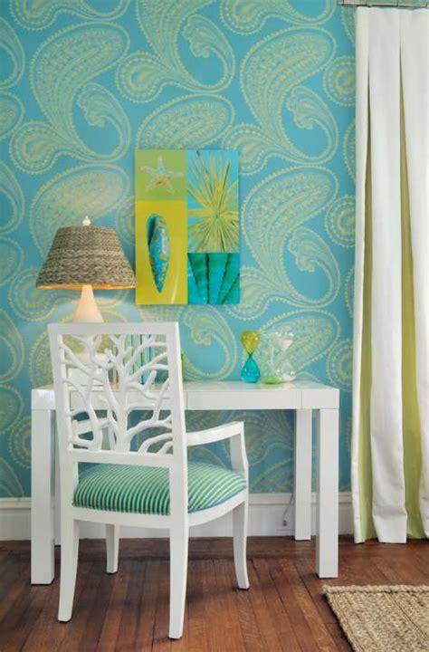 verde turquesa  blanco en la oficina decoracionin