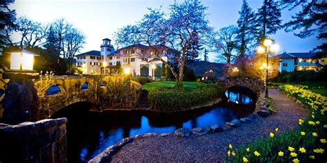 Explore outside of the campground and visit the mt. Columbia Gorge Hotel in Hood River, Oregon
