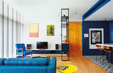 Bold and blue: two homes show you how to make blue