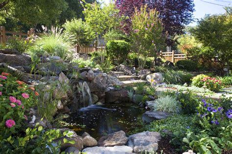 Beautiful Garden Pond Waterfalls Design Ideas