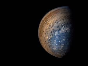 Stunning new photos of Jupiter sent by NASA's $1 Billion ...