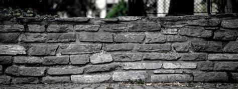 Gartenmauer Naturstein Kosten by Gartenmauer Bauen Kosten Preise