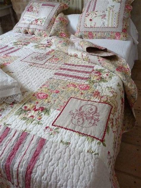 1000 id 233 es sur le th 232 me dessus de lit boutis sur palette couleurs et couvre