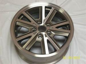 Purchase OEM Wheel 3792 A /05-09 Ford Mustang V6 16x7 {Bolt Pattern: 5x4.5} in Knoxville ...