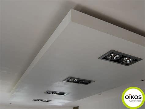 spots pour cuisine plafonds de cuisine faux plafond avec spots alu