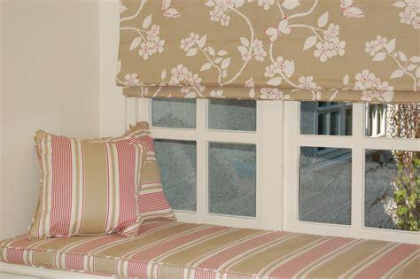 diana murray interiors bedroom  roman blinds