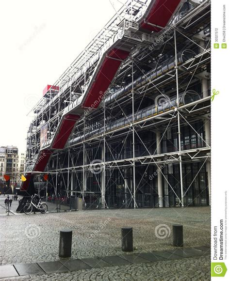 centre pompidou museum of modern exterior of the centre georges pompidou stock photography image 30327572