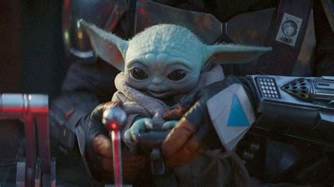 Baby Yoda Is Back In The First Mandalorian Season 2 Images ...