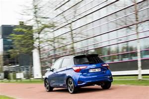 Toyota Yaris Hybride Avis : essai toyota yaris hybride l 39 argus ~ Gottalentnigeria.com Avis de Voitures