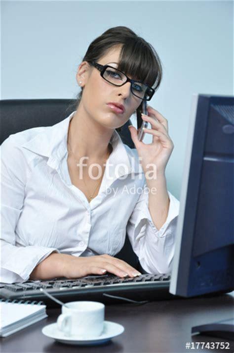 cochonne au bureau quot secrétaire quot photo libre de droits sur la banque d