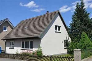 Kleines Haus Mit Garten Kaufen : verkauft kleines haus mit sch nem garten vr bank immobilien coburg ~ Frokenaadalensverden.com Haus und Dekorationen