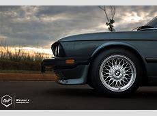 Classic BMW E28 5 Series Seems Frozen in Time autoevolution