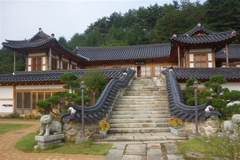 sleeping   floor   korean traditional house