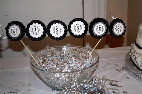 Silver Anniversary Party Ideas