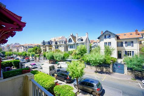 location appartement 4 chambres pied a terre quartier charles agence olaizola