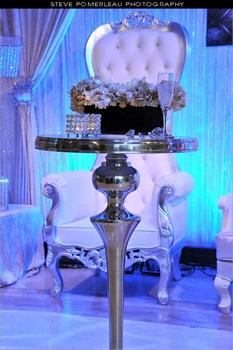 bar table and white silver royal baroque throne