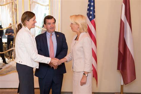 Ināra Mūrniece tiekas ar Amerikas Savienoto Valstu Pārstāv ...