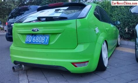 ford focus classic is a lime green low rider in china carnewschina com