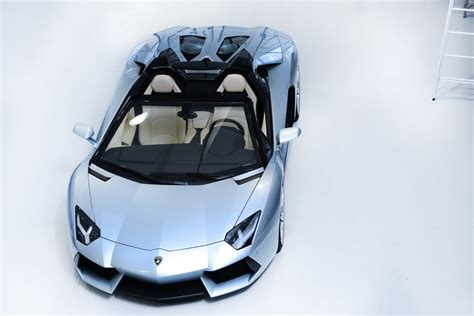 lamborghini aventador lp  roadster revealed autoevolution