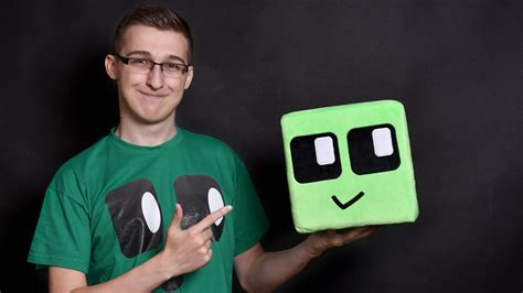 chaosflo hollabrunner youtuber als digitale person