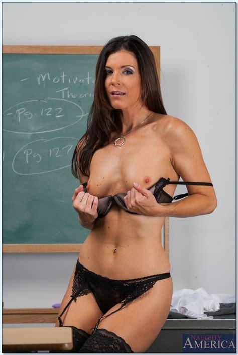 Gorgeous Professor Is Often Having Casual Sex Photos