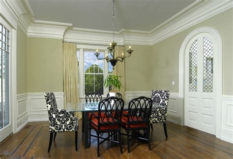 dining room molding ideas 19 best dining room ideas images on crown