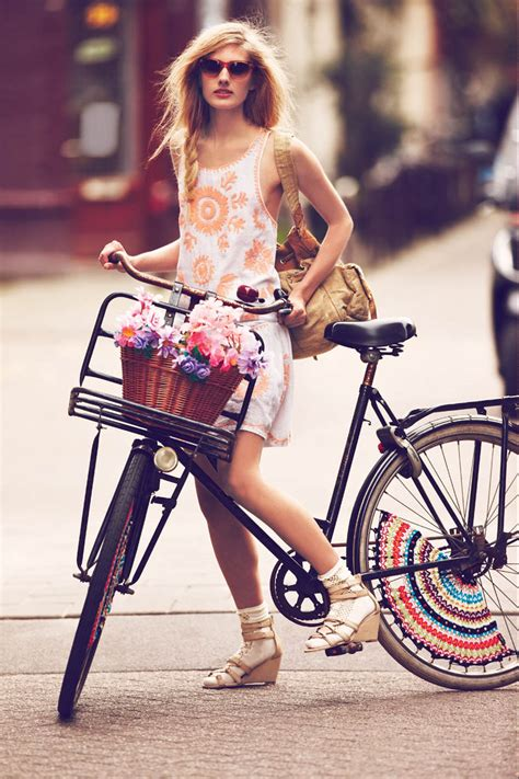8 stylish pieces of cycling gear for spring 2017 men u0027s free people features quot girls on bikes quot for its january 2013