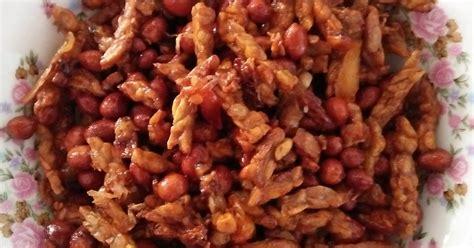 Masakan ini adalah sambal goreng tempe. Resep Sambal goreng kacang tempe oleh Fatimah - Cookpad