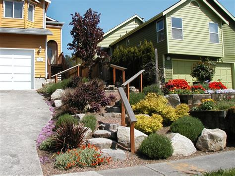 The Front Yard : Landscaping Ideas And Hardscape