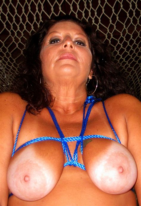 Thick Milf Big Ass Big Tits