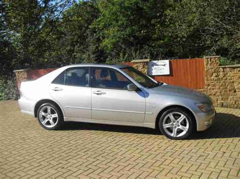amazing lexus is200 lexus 2000 is200 se silver one previous owner car for