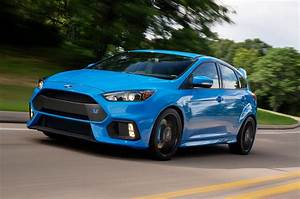 Ford Focus 3 Rs : first 2016 ford focus rs rolls off the line in germany ~ Medecine-chirurgie-esthetiques.com Avis de Voitures