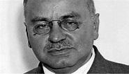 Alfred Adler Biography - Life of Austrian Psychologist