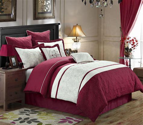 burgundy queen comforter set 8 caesar burgundy white comforter set
