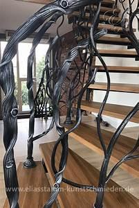 Was Kostet Ein Treppengeländer : exklusive geschmiedete treppen in handarbeit aus natur stahl ~ Michelbontemps.com Haus und Dekorationen