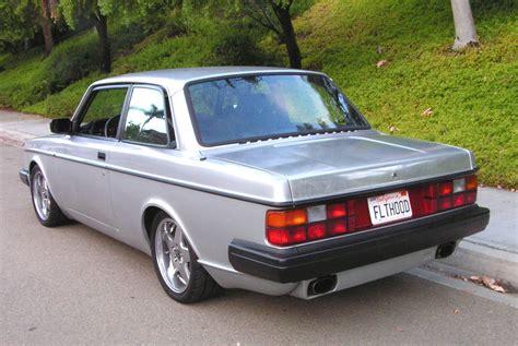 83 Volvo 242 Turbo Flathood