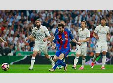 Lionel Messi scores 500th goal for Barcelona against Real