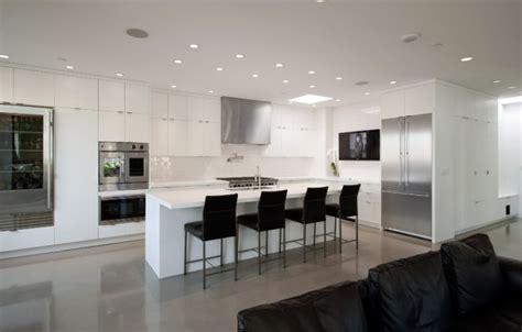 sleek  elegant modern kitchen designs