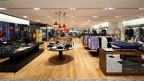 showroom bureau is the robinsons the best department store in