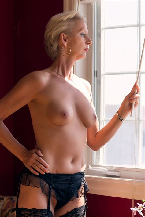 52 · French Milf Amateur Mature Teen Exhib Sexy France