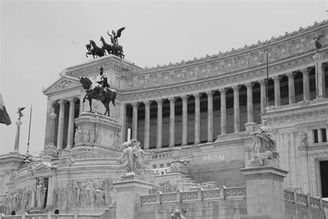 Terrazza Vittoriano by Vittoriano O Altare Della Patria I Due Volti Di Un