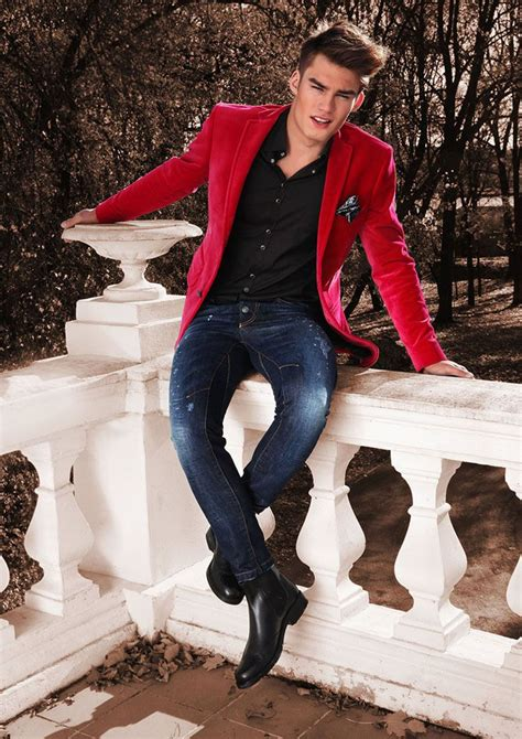 13 Ways to Wear Jeans With a Blazer | The Idle Man
